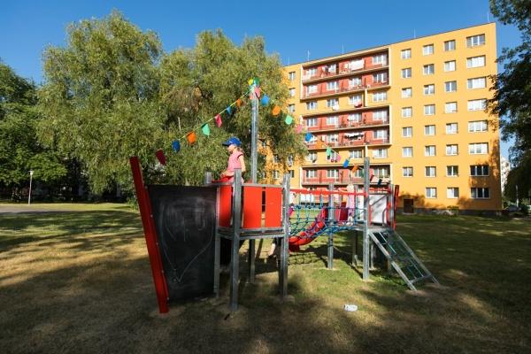Loni realizovaný nápad - hřiště na ulici Jana Šoupala