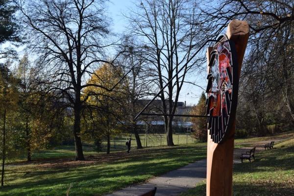 Sluneční hodiny v Zámeckém parku