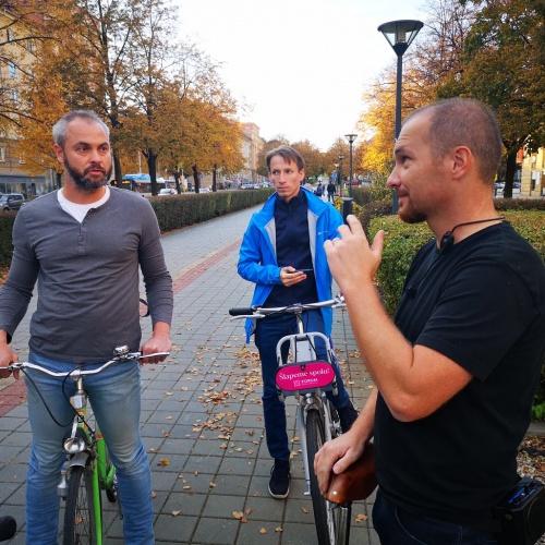 Jak se jezdí městem na kole?